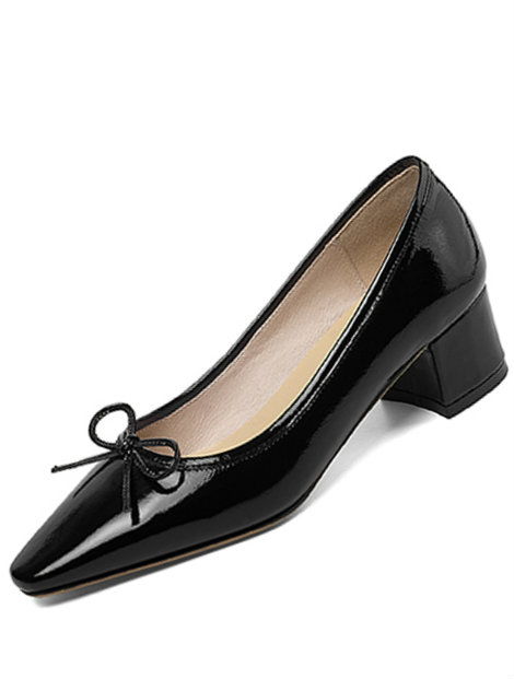 Wholesale Bold and Black Shoe Manufacturer